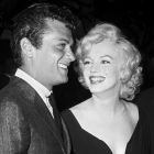 Tony Curtis & Marilyn Monroe