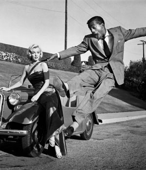 Sammy Davis Jr. leaps for Marilyn Monroe 1953 by