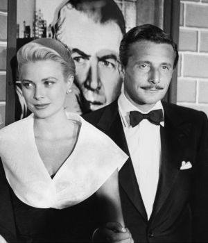 Alfred Hitchcock, Grace Kelly & Oleg Cassini 1954 by