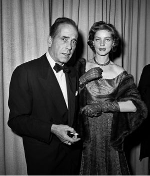Humphrey Bogart & Lauren Bacall at the Oscar 1952 by